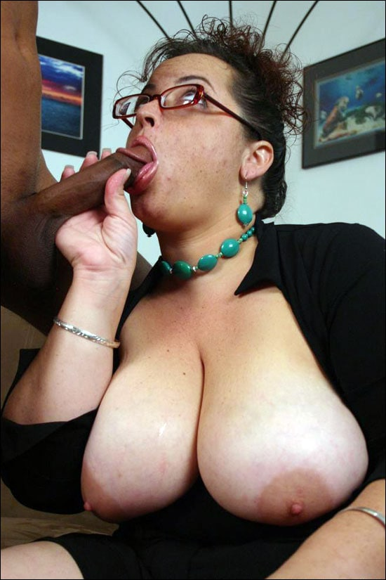 Sexy mature BBW Shianna gives off an excellent head and then she straddles on top to fuck a big black dick in this pics series
