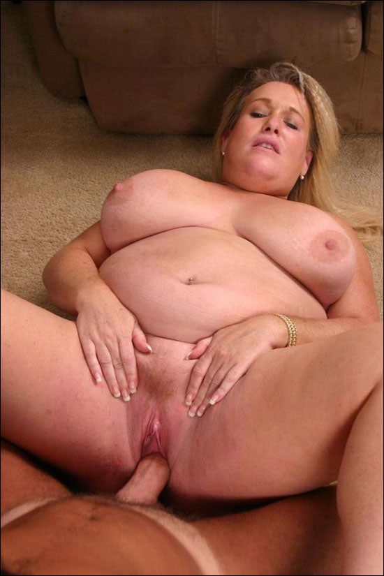Bodacious BBW with a huge rack Jenna admiring a thick wang by slurping it hard to size him up and then she takes it in her box over here